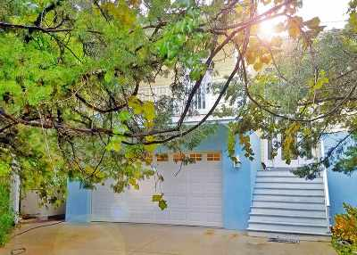 Single Family Home For Sale: 1720 Old Beach Road