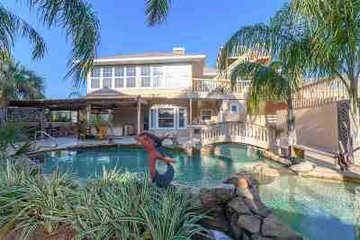 Porpoise Point Single Family Home For Sale: 306 Porpoise Point Dr (Pool)