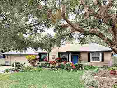 St Augustine Beach Single Family Home For Sale: 114 Mickler Blvd