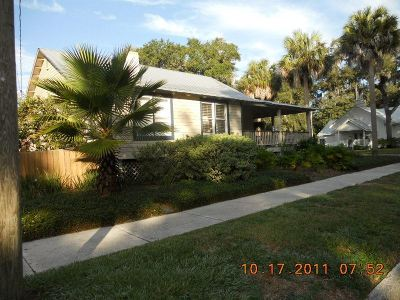 St Augustine Single Family Home For Sale: 17 Bay View Drive