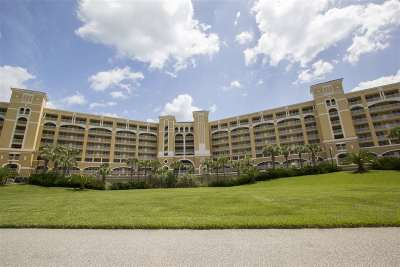Palm Coast Condo For Sale: 80 Surfview Drive #608