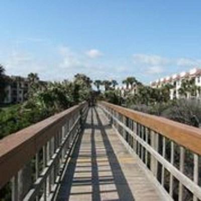 St Augustine Beach FL Condo Contingent: $259,000