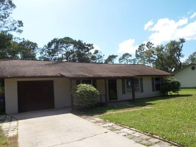 St Augustine Single Family Home For Sale: 4241 Oak Ln