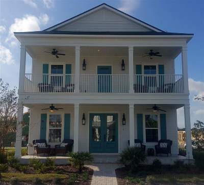 Single Family Home For Sale: 14 Topiary Ave
