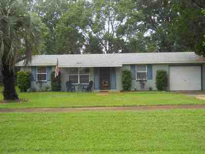 St Augustine FL Single Family Home For Sale: $220,000