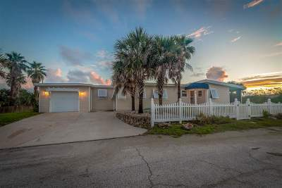 St Augustine Beach Single Family Home For Sale: 2 13th Street
