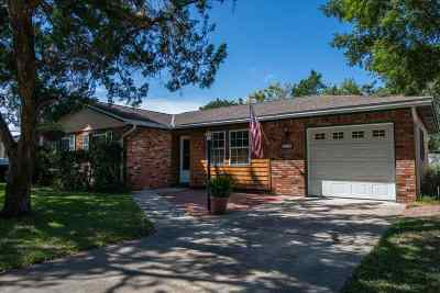 Single Family Home For Sale: 214 Kenan St