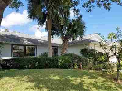 Palm Coast Single Family Home For Sale: 4 Collingville Ct