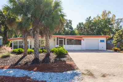 St Augustine Beach Single Family Home For Sale: 131 14th Street