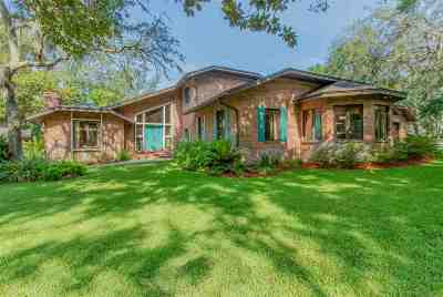 Single Family Home For Sale: 700 Camelia Trail