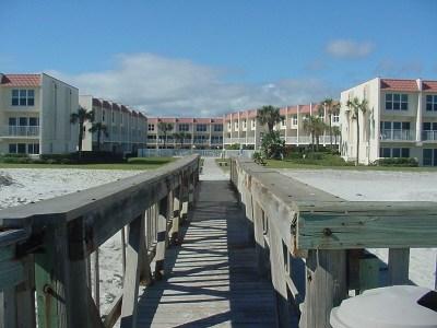 St Augustine Beach Condo For Sale: 390 A1a Beach Boulevard #37