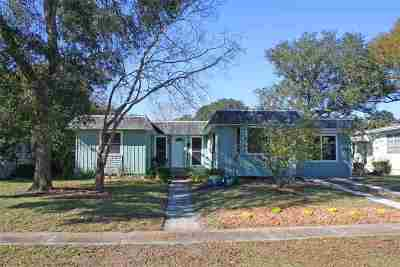 St Augustine FL Single Family Home For Sale: $157,900