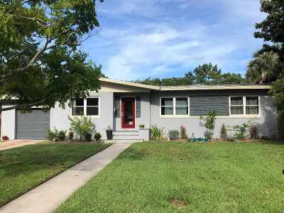 St Augustine Single Family Home For Sale: 111 Coronado