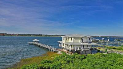 Single Family Home For Sale: 191 Surfside Avenue