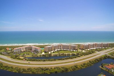 Palm Coast Condo For Sale: 80 Surfview Drive #816
