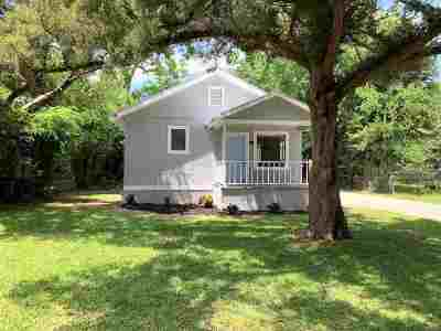 St Augustine Single Family Home For Sale: 16 Avery St