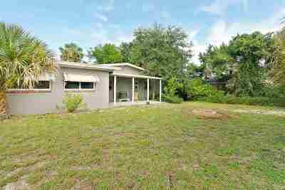Davis Shores Single Family Home For Sale: 72 Comares Ave