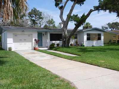 St Augustine Single Family Home For Sale: 82 Coquina Ave.