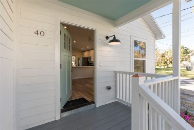 Single Family Home For Sale: 201 Spring St