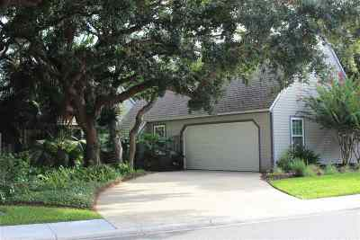 Single Family Home For Sale: 167 Ocean Hollow Ln