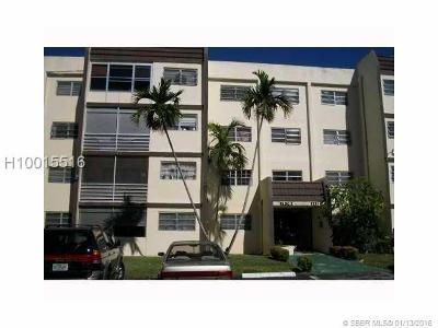 Lauderhill Condo/Townhouse For Sale: 2551 NW 41st Ave #102