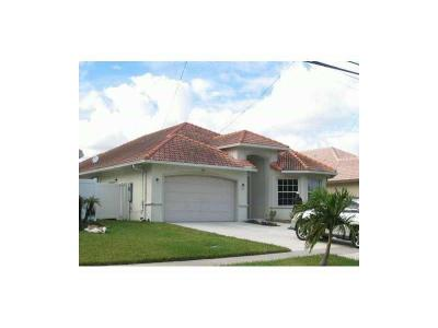 Dania Beach Single Family Home For Sale: 900 SE 2nd Ave