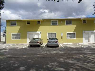 Fort Lauderdale Multi Family Home For Sale: 3821 SW 13th Ct