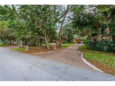 Dania Beach Single Family Home For Sale: 5051 SW 28th Ter