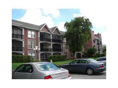 Lauderhill Condo/Townhouse For Sale: 3760 Inverrary Dr #3T