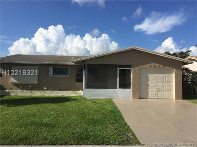 Tamarac Single Family Home For Sale: 4816 NW 58th St