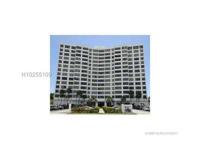 Hollywood Condo/Townhouse For Sale: 3505 S Ocean Dr #405