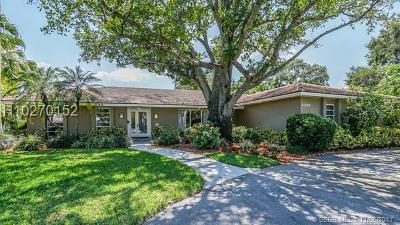 Hollywood Single Family Home For Sale: 4350 Mangrum Ct