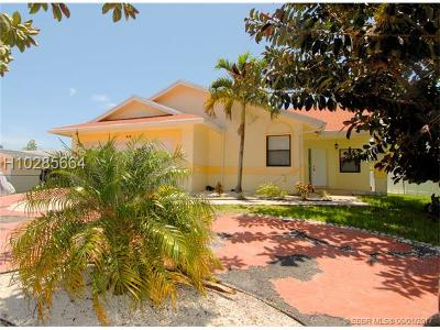 Dania Beach Single Family Home For Sale: 414 SE 3rd St