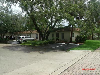 Fort Lauderdale Multi Family Home For Sale: 250 SW Harmon (13) Ave