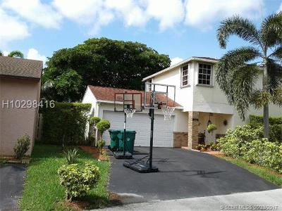 Davie FL Single Family Home For Sale: $339,000