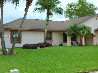 Pembroke Pines Single Family Home For Sale: 20021 NW 8th St