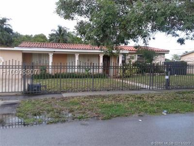 Hialeah Single Family Home For Sale: 825 W 70th Pl