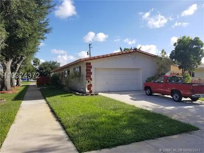 Hollywood Single Family Home For Sale: 118 N 50th Ave