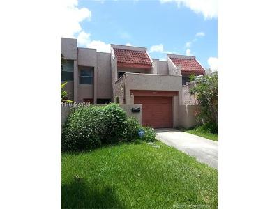 Lauderhill Condo/Townhouse For Sale: 1625 NW 58th Ave #7