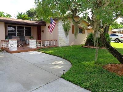 Cooper City Single Family Home For Sale: 9185 SW 49th Pl