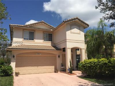 Pembroke Pines Single Family Home For Sale: 20507 SW 1st St