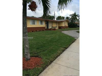 Plantation Single Family Home For Sale: 4229 NW 2nd St