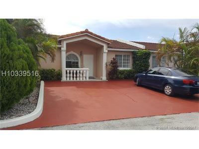 Miami Gardens Single Family Home For Sale: 17234 NW 72nd Ave
