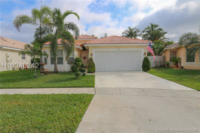 Miramar Single Family Home For Sale: 1903 SW 180th Ter