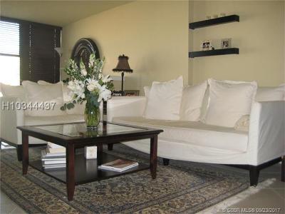 Hallandale Condo/Townhouse For Sale: 1000 Parkview Dr #906