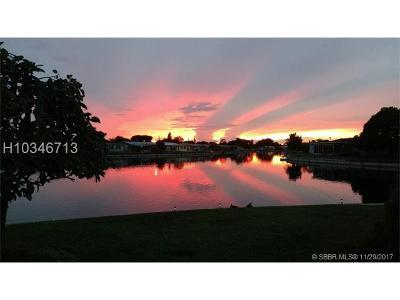 Tamarac Single Family Home For Sale: 6610 NW 59 St.