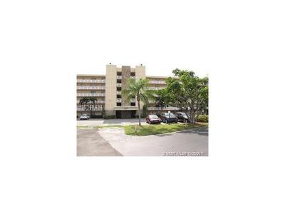 Dania Beach Condo/Townhouse For Sale: 311 SE 3rd St #106