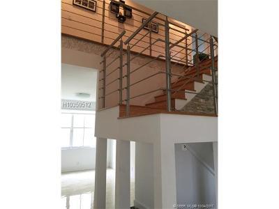Weston Single Family Home For Sale: 1724 Aspen Ln