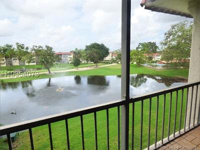 Pembroke Pines Condo/Townhouse For Sale: 830 S Hollybrook Blvd #305