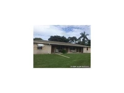 Dania Beach Multi Family Home For Sale: 103 NE 3rd St